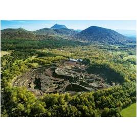 Volcan de Lemptegy - Visite à Pied
