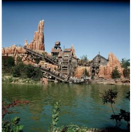 Disneyland, billet 1 jour 2 parcs