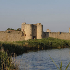 Tours et remparts d'Aigues Mortes